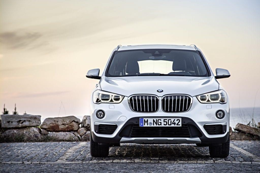 2016-BMW-X1-SUV-11