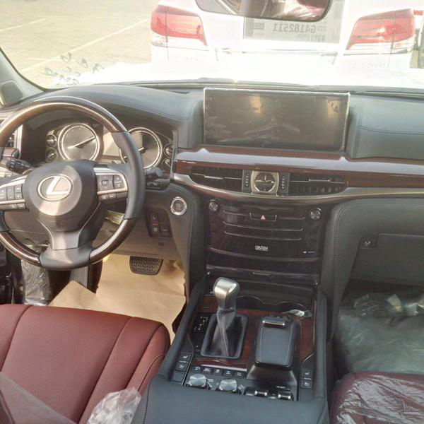 Lexus LX 2016 photo1