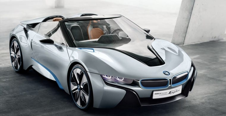 The roof is coming off the BMW i8, tuning house adds a V8