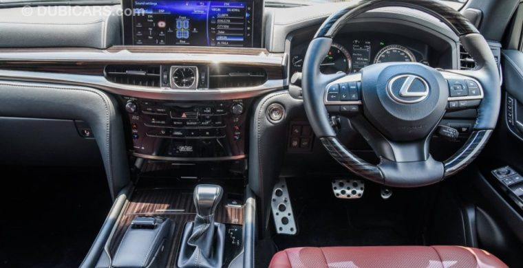 Right hand drive cars in the UAE